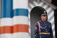 Europe/République Tchèque/Prague:  Garde du Château de  Prague siège de  la présidence de la république