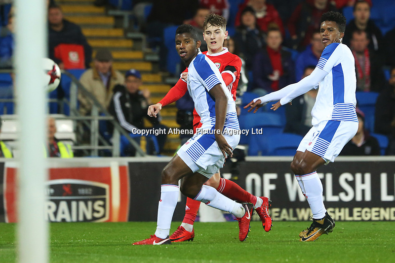 David Brooks of Wales has a shot on goal under pressure from Fidel Escobar of Panama and Luis Ovalle during the International Friendly match between Wales and Panama at The Cardiff City Stadium, Wales, UK. Tuesday 14 November 2017
