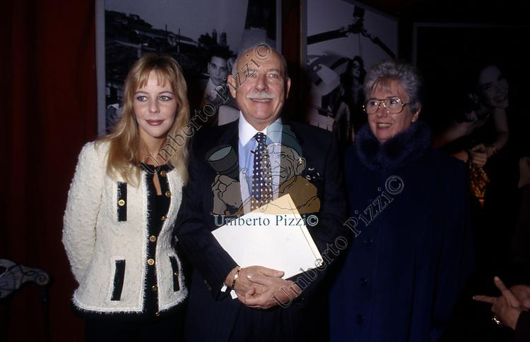 VANESSA VON ZITZEWITZ CON FRANCO COLOGNI<br /> SERATA CARTIER ROMA 1994
