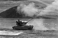- Aldershot (GB) BAEE, British Army Equipment Exhibition, english war industry fair (June 1988); prototype of self-propelled anti-aircraft gun<br /> <br /> - Aldershot (GB) BAEE, British Army Equipment Exhibition, fiera e mostra dell'industria bellica inglese (Giugno 1988); prototipo di cannone semovente contraereo