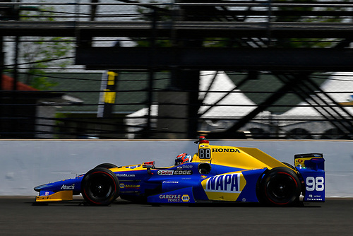 Verizon IndyCar Series<br /> Indianapolis 500 Carb Day<br /> Indianapolis Motor Speedway, Indianapolis, IN USA<br /> Friday 26 May 2017<br /> Alexander Rossi, Andretti Herta Autosport with Curb-Agajanian Honda<br /> World Copyright: Scott R LePage<br /> LAT Images<br /> ref: Digital Image lepage-170526-indy-8745