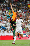 Real Madrid´s goalkeeper Keylor Navas (L) and Danilo and Galatasaray´s Umut Bulut during Santiago Bernabeu Trophy match at Santiago Bernabeu stadium in Madrid, Spain. August 18, 2015. (ALTERPHOTOS/Victor Blanco)