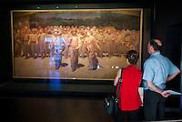 """Milano, il Museo del Novecento. Il dipinto """"Il Quarto Stato"""", di Giuseppe Pellizza da Volpedo --- Milan, the Museum of Twentieth Century. The painting """"The Fourth Estate"""", by Giuseppe Pellizza da Volpedo"""