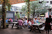 20210825_BV_INDY_Downtown Raleigh Eating Outside20210825_BV_INDY_Downtown Raleigh Eating Outside