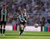 28th August 2021; St James Park, Newcastle upon Tyne, England; EPL Premier League football, Newcastle United versus Southampton; Jacob Murphy of Newcastle United takes a direct free kick but goes over the bar