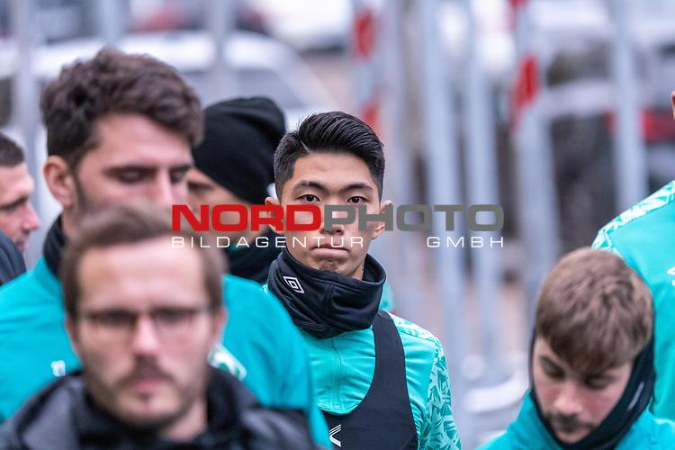 16.11.2020, Trainingsgelaende am wohninvest WESERSTADION - Platz 12, Bremen, GER, 1.FBL, Werder Bremen Training<br /> <br /> <br /> Spieler kommen zum Training mit dabei<br /> <br /> KYU-HYUN PARK  (Werder Bremen II #22)<br /> <br /> <br /> <br /> <br /> Foto © nordphoto / Kokenge *** Local Caption ***