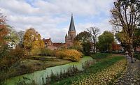 Nederland  Zutphen-  2020.  De Drogenapstoren, oorspronkelijk de Saltpoort (zoutpoort) genaamd, is gebouwd in 1444 als stadspoort. Hij heeft maar kort als stadspoort dienstgedaan want hij werd in 1465 dichtgemetseld. Sindsdien draagt hij de naam Drogenapstoren, vernoemd naar Tonis Drogenap.  Foto : ANP/ HH / Berlinda van Dam