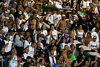MANIZALES - COLOMBIA, 24-01-2020: Hinchas de Once animan a su equipo durante partido por la fecha 1 de la Liga BetPlay DIMAYOR I 2020 entre Once Caldas e Independiente Santa Fe jugado en el estadio Palogrande de la ciudad de Manizalez. / Fans of Once cheer for their team during match for the date 1 as part of BetPlay DIMAYOR League I 2020 between Once Caldas and Independiente Santa Fe played at the Palogrande stadium in Manizales city. Photo: VizzorImage / Santiago Osorio / Cont