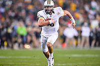 January 01, 2014:<br /> <br /> UCF Knights quarterback Blake Bortles #5 rushes for a touch down during second half of Tostitos Fiesta Bowl at University of Phoenix Stadium in Scottsdale, AZ. UCF defeat Baylor 52-42 to claim it's first ever BCS Bowl trophy.