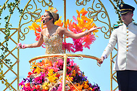 BARRANQUILLA - COLOMBIA, 22-02-2020: Isabella Chams Vega, reina del Carnaval 2020 durante el desfile Batalla de Flores del Carnaval de Barranquilla 2019, patrimonio inmaterial de la humanidad, que se lleva a cabo entre el 22 y el 25 de febrero de 2020 en la ciudad de Barranquilla. / Isabella Chams Vega, queen of carnival 2020 during the Batalla de las Flores as part of the Barranquilla Carnival 2020, intangible heritage of mankind, that be held between March 22 to 25, 2020, at Barranquilla city. Photo: VizzorImage / Alfonso Cervantes / Cont.