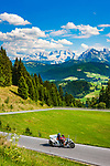Oesterreich, Salzburger Land, Tennengau, im Lammertal, oberhalb Abtenau: auf der Postalm Panoramastrasse, im Hintergrund das Dachsteingebirge| Austria, Salzburger Land, Tennengau, Valley Lammertal, above Abtenau: Postalm Panorama Pass Road, at background Dachstein mountains