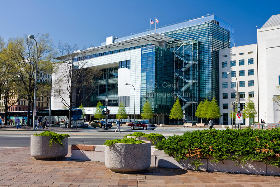 Washington, D.C., USA, North America. The Newseum, Washington's  Museum dedicated to honoring the information media and freedom of the press.  Museum opened April 11, 2008. Closed December 31, 2019 due to lack of funding.