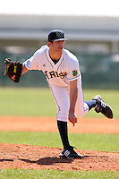 February 28, 2010:  Pitcher Joe Spano (21) of the Notre Dame Fighting Irish during the Big East/Big 10 Challenge at Raymond Naimoli Complex in St. Petersburg, FL.  Photo By Mike Janes/Four Seam Images