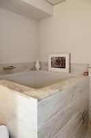 classic marble bathtub