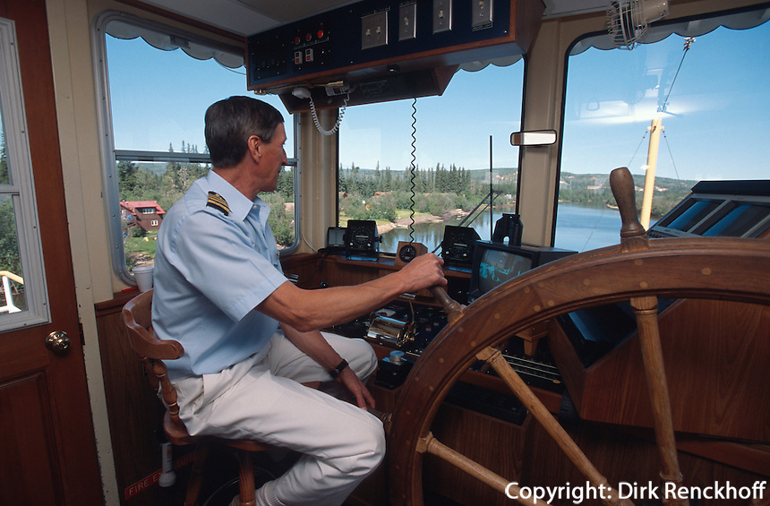 USA, Alaska, Kapitän Skip auf dem Raddampfer Discovery 3 auf dem  Chena-River bei Fairbanks