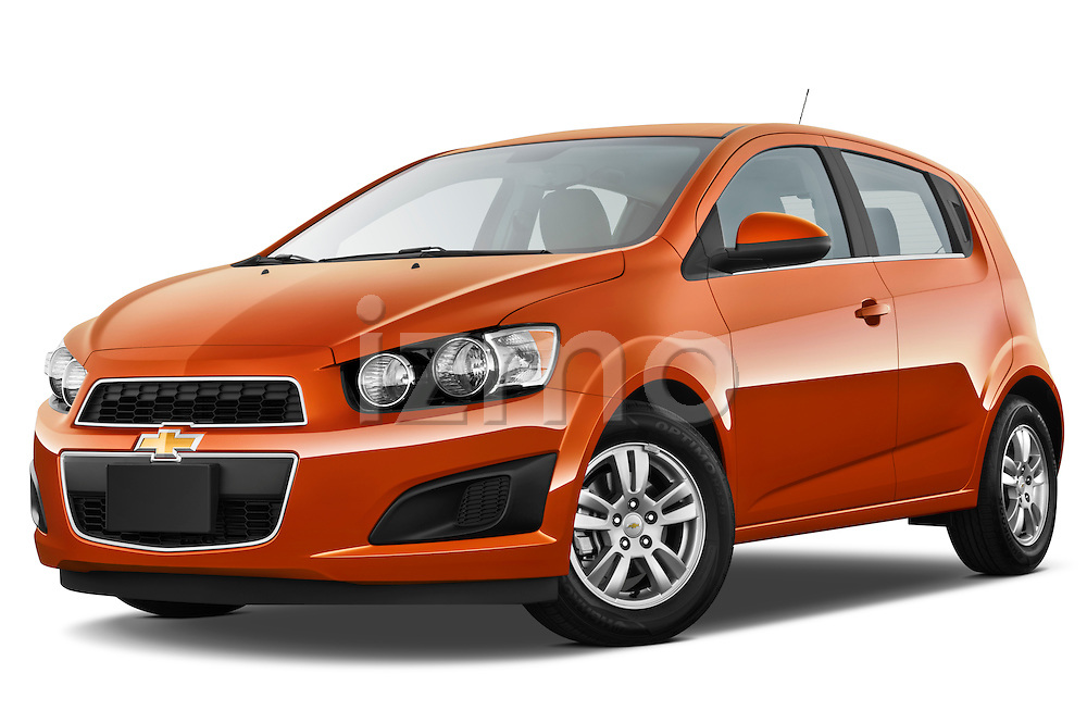 Low aggressive front three quarter view of a 2013 Chevrolet Sonic LT 5 Door