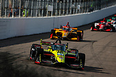 #18: Santino Ferrucci, Dale Coyne Racing with Vasser Sullivan Honda, #28: Ryan Hunter-Reay, Andretti Autosport Honda