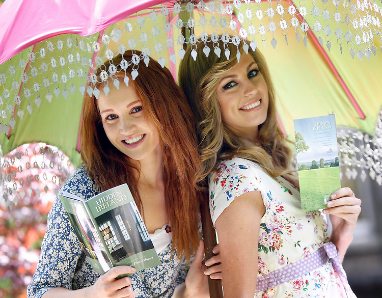 .Naomi Cullen (left) and Aoife Cogan, pictured here wearing dresses from Avoca Handweavers at the Hidden Ireland 2009 Historic Private Houses brochure launch held at No. 31, Leeson Close, Dublin. Pic. Robbie Reynolds.