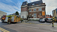 BNPS.co.uk (01202) 558833. <br /> Pic: CorinMesser/BNPS<br /> <br /> Pictures: Fire fighters arrive at the scene. <br /> <br /> Fire fighters attend the scene of a serious blaze in Bournemouth town centre this afternoon. <br /> <br /> The fire, which appeared to start in a third floor flat, spread through the roof of the building engulfing much of the town in smoke.