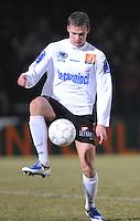 KSV Roeselare - KV Kortrijk..Holmar Eyjolfsson aan de bal..foto VDB / BART VANDENBROUCKE