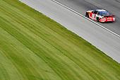 #18: Kyle Busch, Joe Gibbs Racing, Toyota Camry Skittles Red, White & Blue