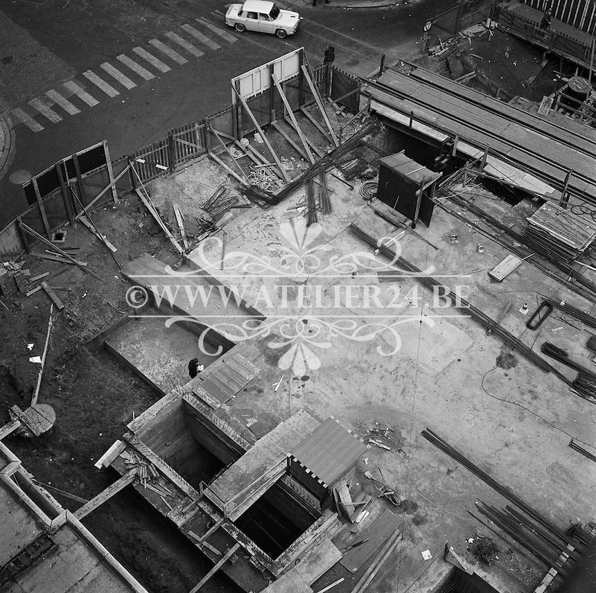 Oktober 1971. Bouw premetro in Antwerpen.  Meir winkelstraat.