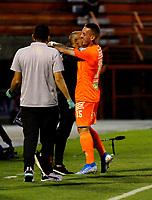 ENVIGADO - COLOMBIA, 26-09-2020: Santiago Jimenez de Envigado F. C., celebra el gol anotado a Atletico Junior  durante partido entre Envigado F. C. y Atletico Junior  de la fecha 10 por la Liga BetPlay DIMAYOR I 2020, en el estadio Polideportivo Sur de la ciudad de Envigado. / Santiago Jimenez of Envigado F. C., celebrates a scored goal to Atletico Junior, during a match between Envigado F. C., and Atletico Junior of the 10th date  for the BetPlay DIMAYOR Leguaje I 2020 at the Polideportivo Sur stadium in Envigado city. Photo: VizzorImage / Juan Augusto Cardona / Cont.