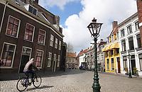 Nederland Leiden - 2021.  Pieterskerkhof in Leiden.  Foto ANP /  Hollandse Hoogte / Berlinda van Dam