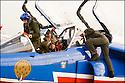 -2008-Salon de Provence- Patrouille de France, retour du vol.