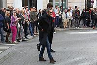 GUILLAUME CANET - ASSISTE A LA CEREMONIE RELIGIEUSE EN HOMMAGE A JEAN ROCHEFORT A L'EGLISE SAINT-THOMAS D'AQUIN DANS LE 7EME ARRONDISSEMENT DE PARIS, FRANCE, LE 13/10/2017.