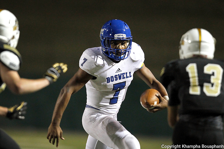 Boswell beats Wichita Falls Rider 45-34 in district 5-5A high school football at Memorial Stadium in Wichita Falls on Thursday, October 29, 2015. (photo by Khampha Bouaphanh)