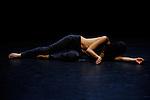 CIGÜE<br /> Conception, chorégraphie : Eric Arnal Burtschy<br /> Mouvement : Clara Furey et Eric Arnal Burtschy<br /> Interprétation et création sonore : Clara Furey<br /> Création costumes : Lea Deutschmann<br /> Lieu : Mains d'oeuvre<br /> Ville : St Ouen<br /> Date : 02/07/2013<br /> © Laurent Paillier / photosdedanse.com