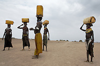 Agricultural scenes in Nyangatom village called Lokulan. ..Contacts:..Lale Biwa.lalebiwa@yahoo.com