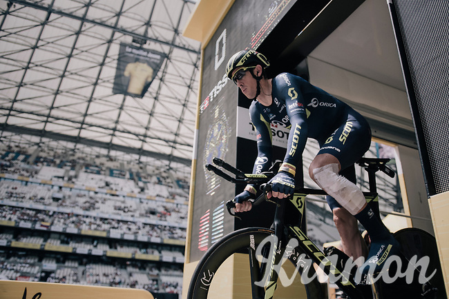 Mathew Hayman (AUS/Orica-Scott) apperently crashed during recon and needed some speedy 'patching up' before having to start his actual TT<br /> <br /> 104th Tour de France 2017<br /> Stage 20 (ITT) - Marseille › Marseille (23km)