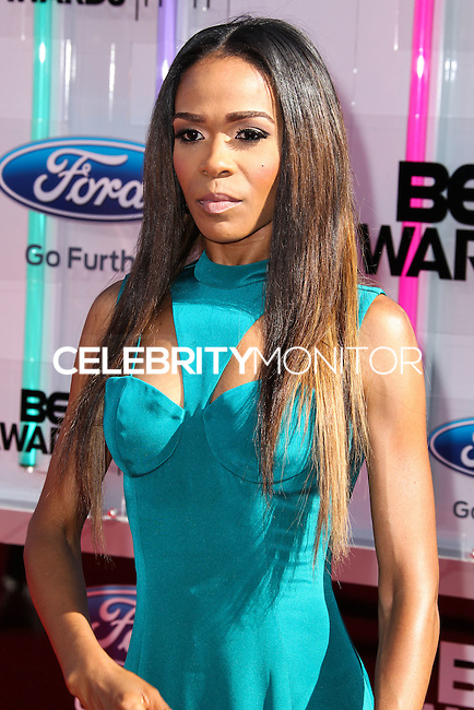 LOS ANGELES, CA, USA - JUNE 29: Singer Michelle Williams arrives at the 2014 BET Awards held at Nokia Theatre L.A. Live on June 29, 2014 in Los Angeles, California, United States. (Photo by Xavier Collin/Celebrity Monitor)