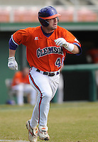 October 25, 2009: Jay Cox of the Clemson Tigers in an intra-squad Orange and Purple scrimmage game at the end of fall practice at Doug Kingsmore Stadium in Clemson, S.C. Photo by: Tom Priddy/Four Seam Images