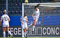Amber Tysiak (3) of OHL pictured in action during a female soccer game between Oud Heverlee Leuven and RSC Anderlecht on the 2nd matchday of play off 1 in the 2020 - 2021 season of Belgian Womens Super League , saturday 17 th of April 2021  in Heverlee , Belgium . PHOTO SPORTPIX.BE | SPP | DAVID CATRY