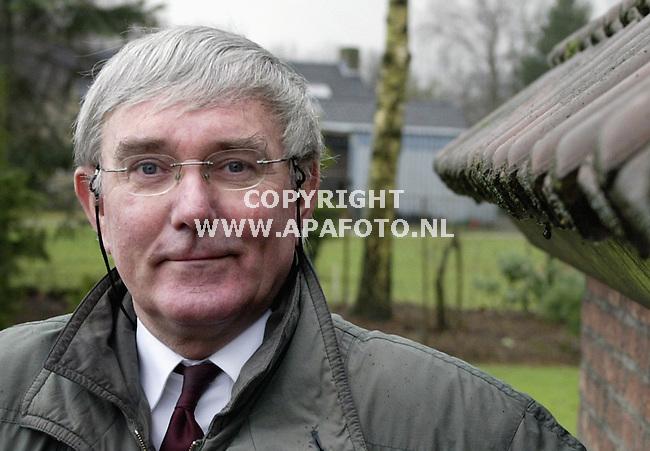 Wijchen, 030103<br />Prof. Dr. Egbert Wever.<br />Foto: Sjef Prins - APA Foto