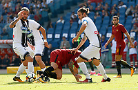 Calcio, Serie A: Roma vs Udinese. Roma, stadio Olimpico, 23 settembre 2017.<br /> Roma's Radja Nainggolan, center, is challenged by Udinese's Valon Behrami, left, and Gabriele Angella during the Italian Serie A football match between Roma and Udinese at Rome's Olympic stadium, 23 September 2017. Roma won 3-1.<br /> UPDATE IMAGES PRESS/Riccardo De Luca