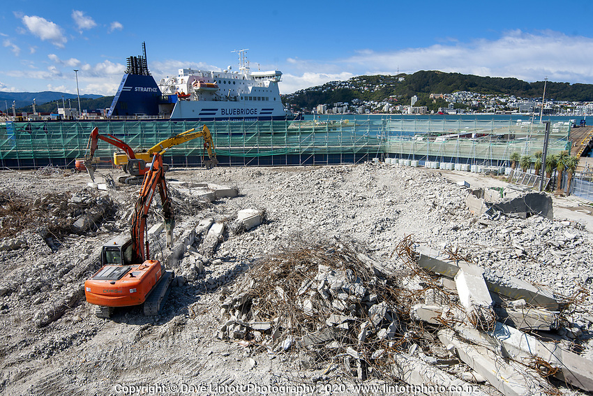 BNZ building demolition site. CentrePort in Wellington, New Zealand on Tuesday, 29 September 2020. Photo: Dave Lintott / lintottphoto.co.nz