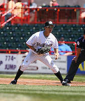 2007:  Pedro Cotto of the Erie Seawolves gets ready while playing first base vs. the Bowie Baysox in Eastern League baseball action.  Photo by Mike Janes/Four Seam Images
