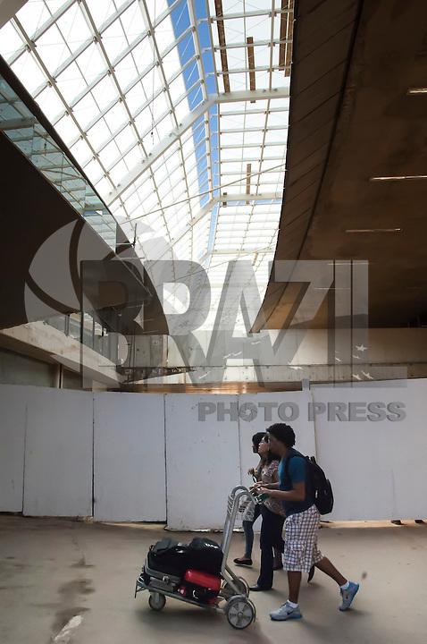 BELO HORIZONTE, MG, 07042014 _ OBRAS NO AEROPORTO DE CONFINS _ Obras no Aeroporto de Confins    hoje em Belo Horizonte , na manhã desta  segunda-feira, 07. (Foto: Sergio Falci/Brazil Photo Press).
