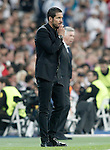 Real Madrid's Pepe (r) and Atletico de Madrid's coach Diego Pablo Cholo Simeone during Champions League 2014/2015 Quarter-finals 2nd leg match.April 22,2015. (ALTERPHOTOS/Acero)