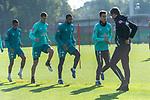 13.10.2020, Trainingsgelaende am wohninvest WESERSTADION - Platz 12, Bremen, GER, 1.FBL, Werder Bremen Training<br /> <br /> Aufwärmen vor dem Training<br /> Querformat<br /> Henrik Frach (Athletik-Trainer SV Werder Bremen )<br /> Ilia Gruev (Werder Bremen #28)<br /> Jean Manuel Mbom (Werder Bremen 34)<br /> Pattrick Erras (Werder Bremen Neuzugang 29<br /> Claudio Pizarro (Werder Bremen #14)<br /> <br /> <br /> <br /> Foto © nordphoto / Kokenge