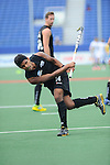 The Hague, Netherlands, June 03: Jared Panchia #14 of New Zealand warms up before the field hockey group match (Men - Group B) between South Africa and the Black Sticks of New Zealand on June 3, 2014 during the World Cup 2014 at GreenFields Stadium in The Hague, Netherlands. Final score 0:5 (0:3) (Photo by Dirk Markgraf / www.265-images.com) *** Local caption ***
