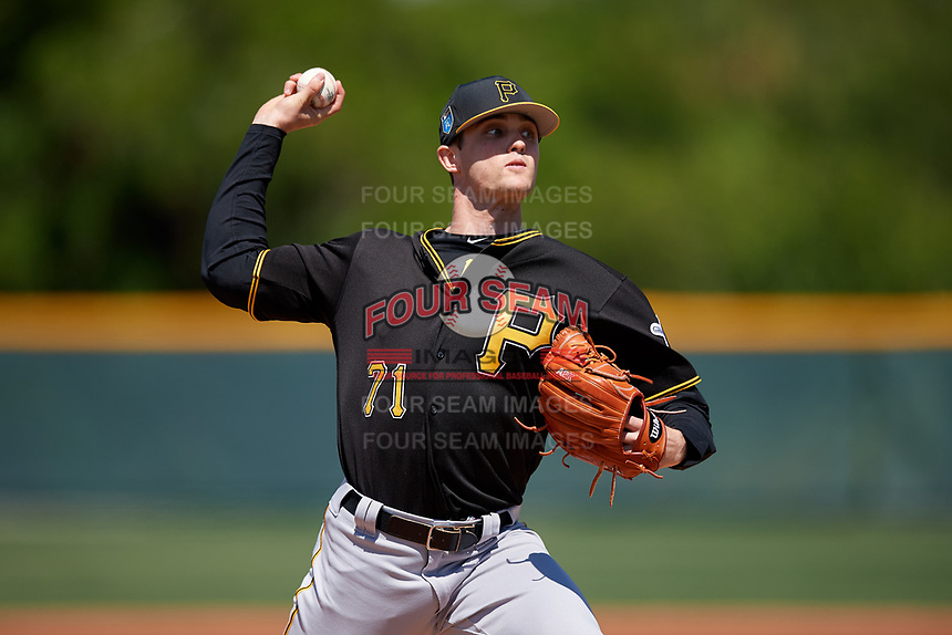 Pittsburgh Pirates pitcher Drew Fischer (71) during a minor league Spring Training game against the Atlanta Braves on March 13, 2018 at Pirate City in Bradenton, Florida.  (Mike Janes/Four Seam Images)