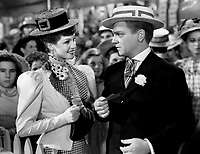 James Cagney and Rita Hayworth L) in THE STRAWBERRY BLONDE