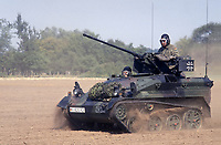 - German paratroopers light tank Wiesel during NATO exercises in Germany (September 1991)<br /> <br /> - Carro armato leggero Wiesel dei paracadutisti  tedeschi durante esercitazioni NATO in Germania (Settembre 1991)