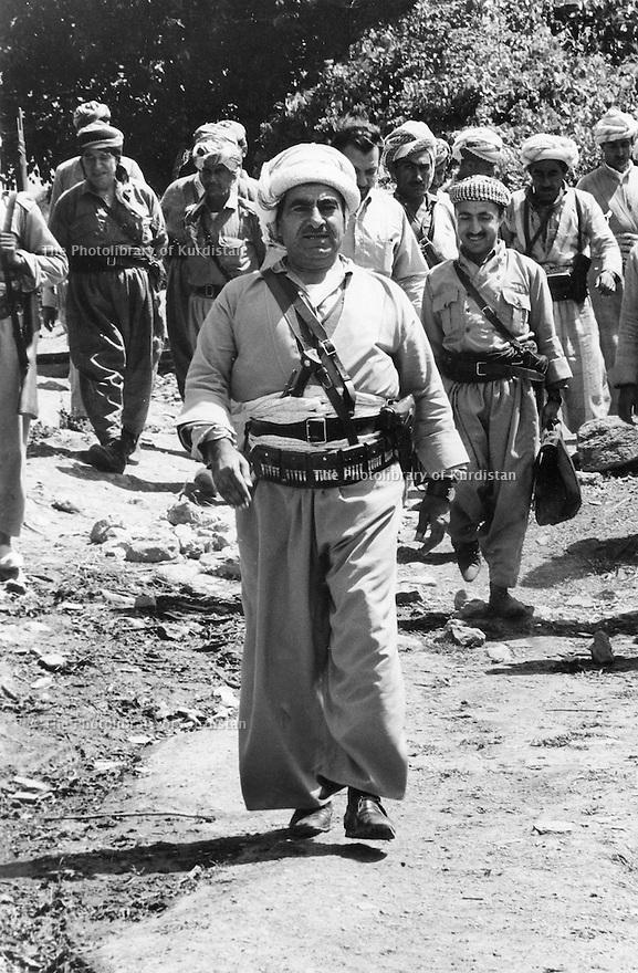 Iraq 1974 <br /> The resumption of hostilities, General Barzani, first rank, in the middle  and members of his cabinetI, right, Mahmoud Osman  near Nawpurdan  <br /> Irak 1974 <br /> La reprise de la lutte armée, premier rang , au centre le General Barzani avec a droite Dr. Mahmoud Osman
