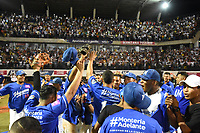 MONTERIA - COLOMBIA, 16-01-2020: Vaqueros de Montería se coronó campeón después del encuentro con Gigantes de Barranquilla en partido 5 de la serie final de la Liga Profesional de Béisbol Colombiano temporada 2019-2020 jugado en el estadio estadio Dieciocho de Junio de la ciudad de Montería. / Vaqueros de Monteria win the championship after defeated to Gigantes de Barranquilla in match 5 final serie as part Colombian Baseball Professional League season 2019-2020 played at Baseball Stadium on June 18 in Monteria city. Photo: VizzorImage / Andres Felipe Lopez / Cont